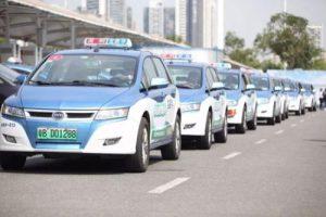 北京市、タクシーの電動化に高額インセンティブ