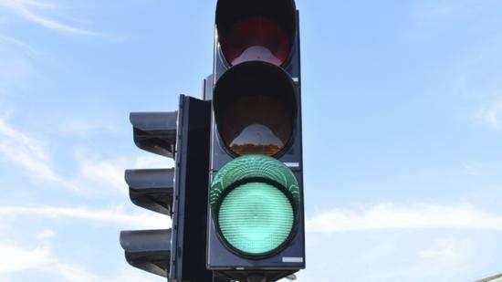 武漢市がRobotaxiの商業化に向けて初の「青信号」