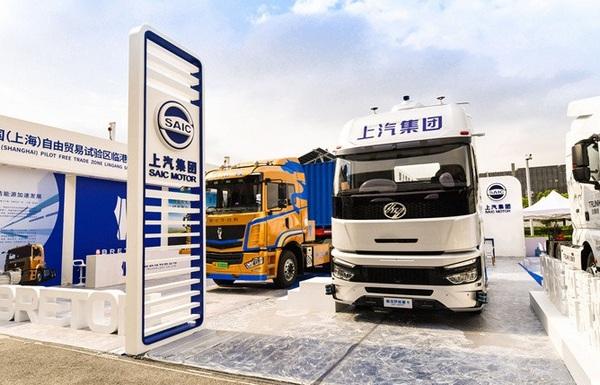 上汽の自動運転大型トラックが洋山港に到着、完成車メーカーも自動運転に参入
