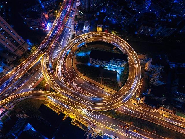 中国、スマートカーのイノベーション戦略発表、「中国標准」を強調