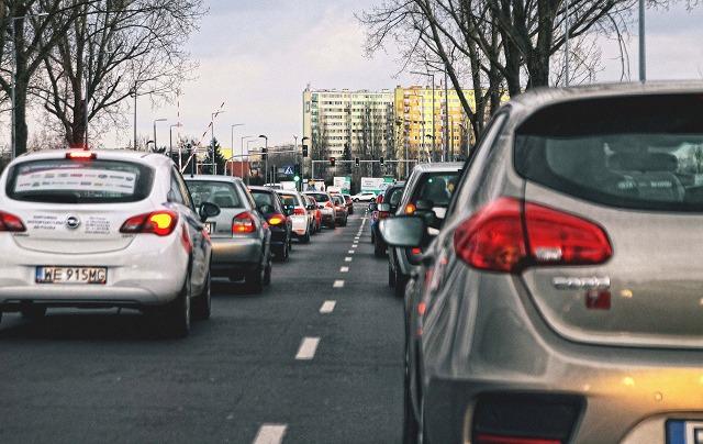 省エネ車と新エネ車は2035年までにそれぞれ50%に、地場メーカーは日系メーカーとハイブリッド技術を競う