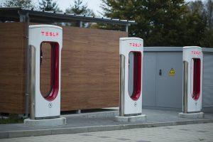 2020年、テスラは中国で4000基の充電スタンドを拡張へ