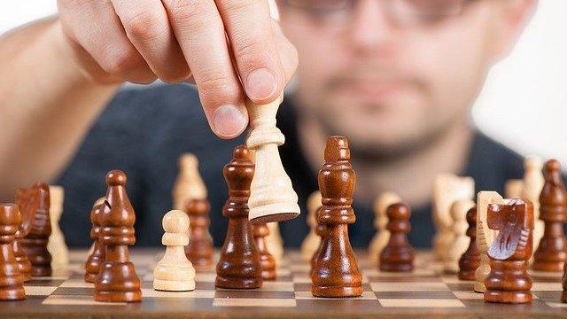 ファーウェイ、「業務IT一体化」組織モデルを模索